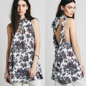 🎉Free People Mock Neck Floral Tunic🎉